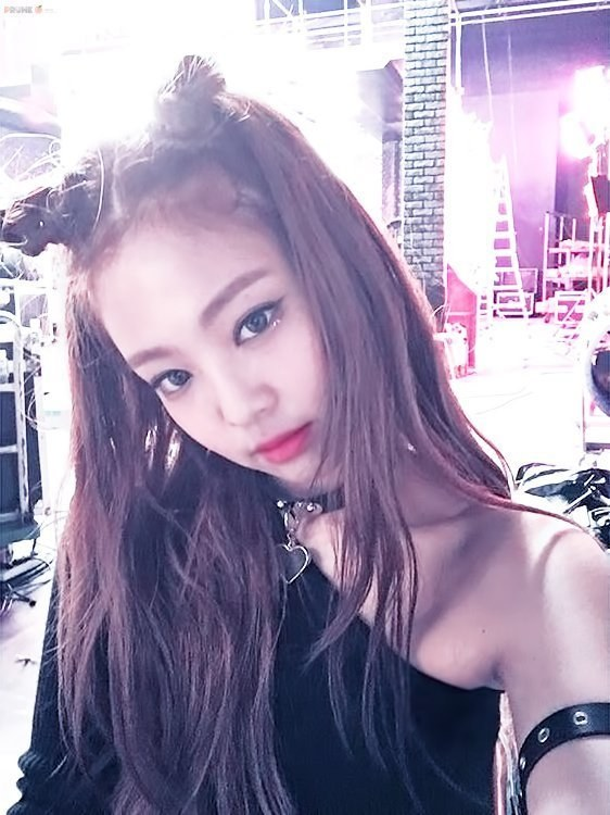Black Pink Jennie