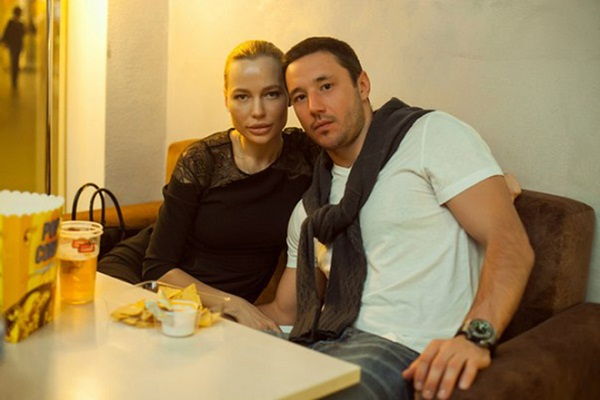 Илья Ковальчук с женой фото