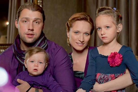 Мария Киселева с семьей фото