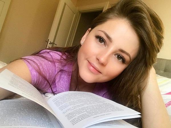 Анна Михайловская: биография, личная жизнь