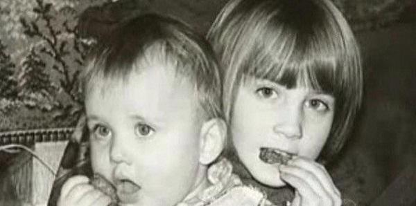 Игорь Петренко в детстве с сестрой фото