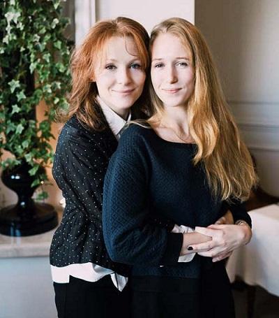 Полина Кутепова с дочерью Надеждой фото