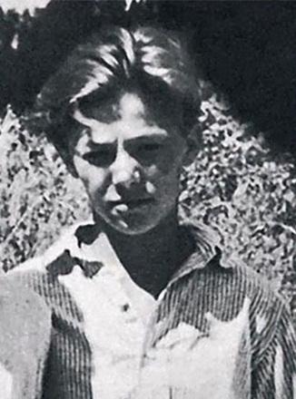 Александр Збруев в юности