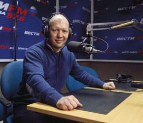 Анатолий Кузичев: биография, личная жизнь, фото