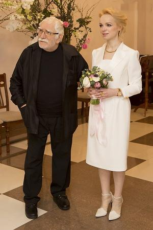 Армен Джигарханян и Виталина Цымбалюк-Романовской свадьба
