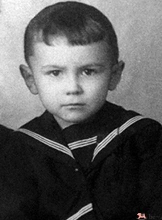Леонтьев в детстве