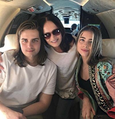София Ротару с внуками Анатолием и Соней фото