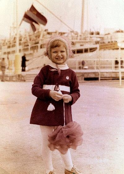 Эвелина Бледанс в детстве фото