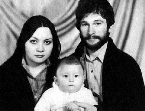 Игорь Тальков с семьей женой и сыном фото