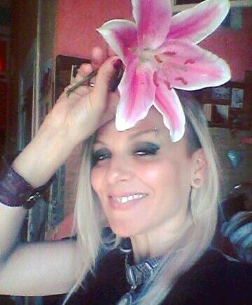 Избили Марию Макарову из группы «Маша и Медведи»: последние новости