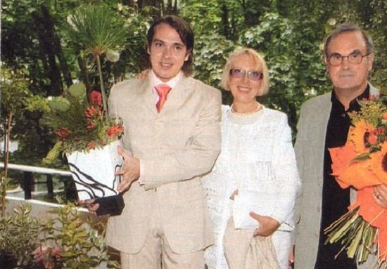 Инна Чурикова с сыном Иваном и мужем