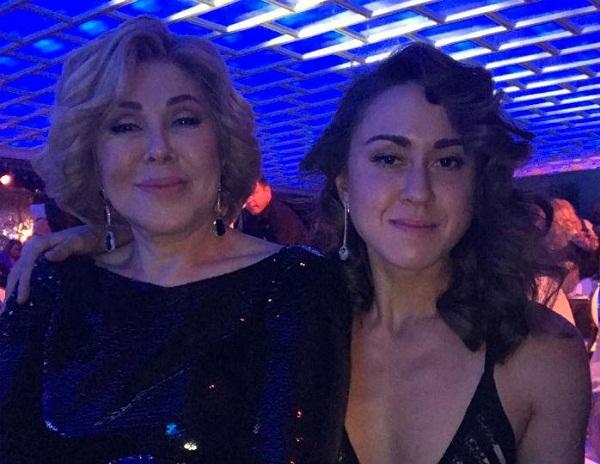 Любовь Успенская с дочерью Татьяной фото