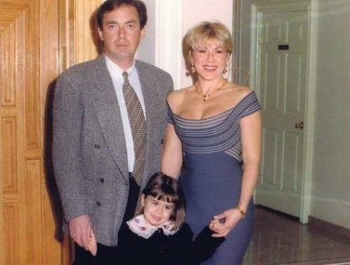 Любовь Успенская с мужем и дочерью