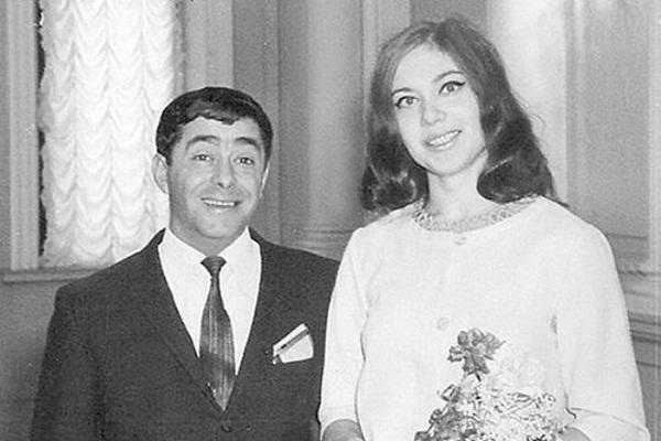Молодой Роман Карцев и его жена фото