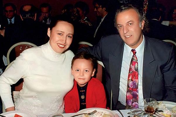 Илья Резник со второй женой и сыном