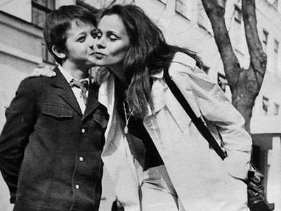 Любовь Полищук с сыном