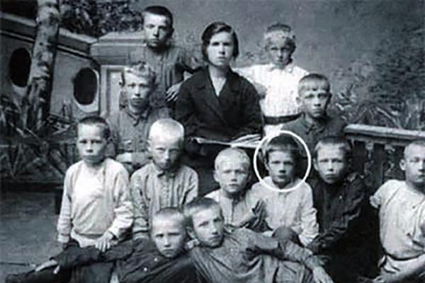 Михаил Пуговкин детские годы