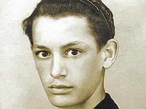 Василий Лановой в юности