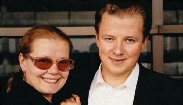 Людмила Сенчина с сыном
